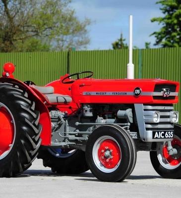 Massey Ferguson 135 Tractor Restoration